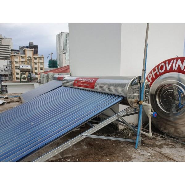 Lắp đặt hệ thống nước nóng năng lượng mặt trời trung tâm 6000 lít Daphovina chất lượng bảo hành lâu dài